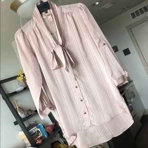 Sheer tan/nude size XS collared button up blouse✨